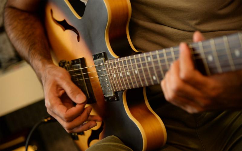 تنظیم قطعات موسیقی برای گیتار
